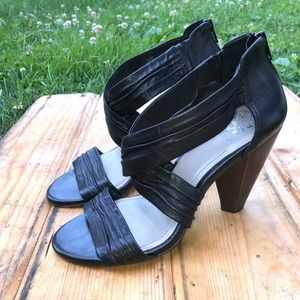Vince Camuto leather strappy heels 8
